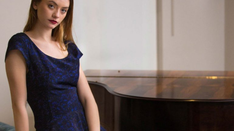 Look Fabulous This Summer With Luxury UK Women's Clothing